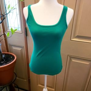 🎁🎁3/$20 Faded Glory Evergreen ribbed Tank top
